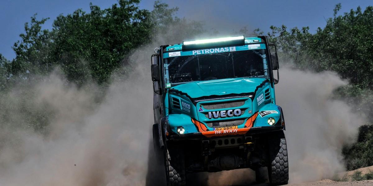 Tým PETRONAS De Rooy IVECO měří síly v nejtěžším závodě světa, na Dakaru 2020